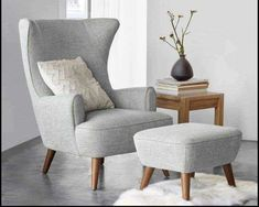 Living Room Paint, Living Room Grey, Living Room Chairs, Living Room Furniture, Living Room Decor, Living Rooms, Dining Chairs, Curtains Living, Wood Chairs