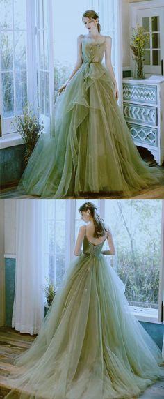 Fairy Prom Dress, Fairytale Dress, Green Formal Dresses, Green Wedding Dresses, Ball Gowns Fantasy, Fantasy Dress, Princess Prom Dresses, Princess Ball Gowns, Sage Green Dress