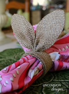 Burlap Bunny Ear Napkin Ring Tutorial from @Bonnie &  Trish { Uncommon Designs } SUPER cute idea for your Easter Dinner table set up