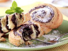 Vaniljrulltårta med nutellakräm och blåbär (kock Emelie Holm)