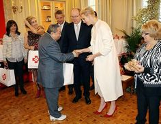 Prince Albert of Monaco and Princess Charlene of Monaco currently attends various events before celebrations of Monaco National Day 2016. At the Redcross charity event which is one of the events held before national day celebrations, Prince Albert and Princess Charlene visited Monaco Red Cross headquarters on November 17 and presented various gifts to the residents of the Monaco. Celebrations of Monaco National Day will take place on November 19