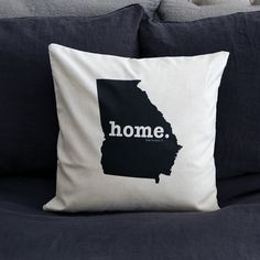 The Georgia Home Pillow Cover is the perfect way to show off your state pride in your home, while also helping to raise money for multiple sclerosis research.This elegant 18 x 18 pillow cover is made out of a high-quality oatmeal linen fabric that is extremely versatile. You