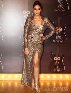 Huma Qureshi showed off her curves in Saaj by Ankita dress worn with metallic sandals and red lips at GQ Men's Awards Show 2014.