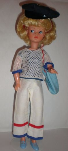Pedigree Sindy Skater 1982 In Blue Variant Outfit Dolls, Clothing & Accessories Fashion, Character, Play Dolls