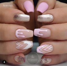 summer 2017 best nail art designs | coffin | acrylic | gel polish | pink | glitter | silver | matte