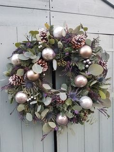 50 DIY Christmas Wreath Ideas On A Budget These trendy HomeDecor ideas would gain you amazing compliments. Check out our gallery for more ideas these are trendy this year. Rose Gold Christmas Decorations, Christmas Door Wreaths, Christmas Flowers, Noel Christmas, Christmas Baubles, Holiday Wreaths, Xmas Decorations, Christmas Crafts, Purple Christmas
