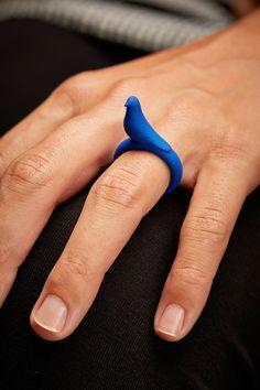 3D printed bird ring. #3dPrintedJewelry