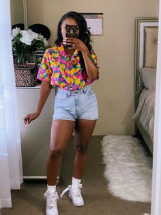 Combining colors can either complement or ruin your outfit. Chill Outfits, Cute Casual Outfits, Dope Outfits, Summer Outfits, Black Girl Fashion, Teen Fashion, Fashion Looks, Fashion Outfits, Looks Black