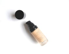 GLAM GLITTER GLOSS: Glo Minerals Luxe Liquid Foundation Review