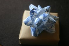 Turn Baby Scribbles into Bows (Gift Bow Tutorial) from Lines Across