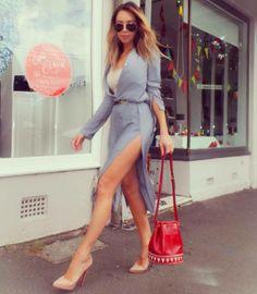 Quick stop in Paddington. Dress Zara, Shoes Christian Louboutin, Bag YSL @pelle4scarpe