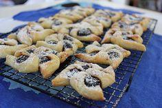Homemade Joulutorttu - christmas pie (Finnish plum jam tarts)