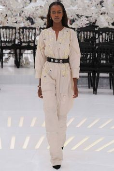 Foto CDCH2014 - Christian Dior Couture Herfst 2014 (1) - Shows - Fashion - VOGUE Nederland