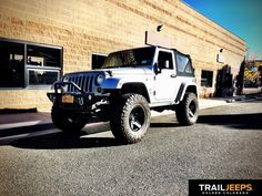 """JKS Manufacturing 2.5"""" Jspec and 35"""" Nitto Trail Grapplers"""