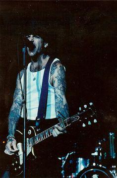 Early Days Of Social Destortion Live Mike Ness. New Wave Music, Music Love, Rock Music, Mike Ness, Sick Boy, Johnny Rotten, Joey Ramone, Social Distortion, Joe Strummer