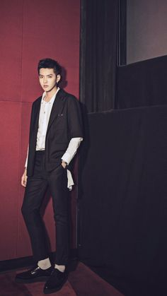 Kris Wu - Never Gone photoshoot mobile wallpapers (no watermark cr: 煎蛋的喜日) Korean Men, Asian Men, Korean Celebrities, Celebs, Kris Exo, Wu Yi Fan, Army Love, Exo Members, Luhan