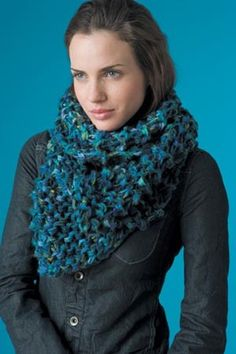 Speed Demon Scarf Pattern (Knit) Great site for how to videos, with free patterns!