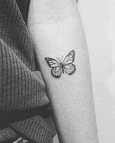Cute Tiny Tattoos, Dainty Tattoos, Small Girl Tattoos, Pretty Tattoos, Mini Tattoos, Body Art Tattoos, Tatoos, Small Tattoo Designs, Tattoo Designs For Women