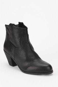 Sam Edelman Lisle Ankle Boot  #UrbanOutfitters