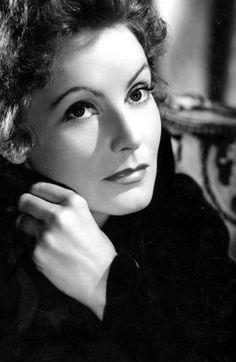 Greta Garbo, 1937.