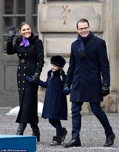 Victoria, the eldest child of King Carl XVI Gustaf and heir apparent to the Swedish throne, beamed for the cameras as she posed alongside her husband Prince Daniel and their daughter, Estelle. Princess Victoria Of Sweden, Crown Princess Victoria, Victoria Prince, Military Trench Coat, Navy Coat, Royal Look, Royal Dresses, Swedish Royals, Crown Royal