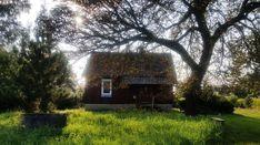 Sprzedam piękne siedlisko w zacisznym miejscu Rozogi • OLX.pl Poland, Safari, Cabin, House Styles, Home Decor, Decoration Home, Room Decor, Cabins, Cottage
