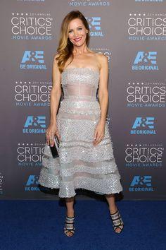 Leslie Mann in Reem Acra at the Critics' Choice Awards