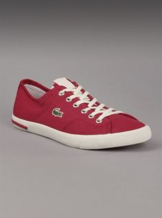 Super cool Lacoste sneakers for ladies