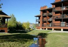 Vacation Rental Home VS Hotel which one will you choose for your next trip to Colorado?