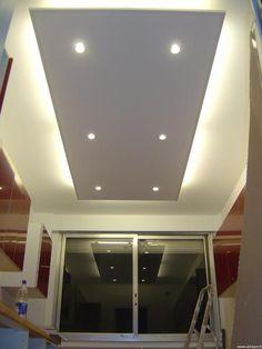 Plafond avec éclairage cuisine et salle de bain