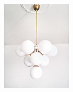 Art deco är aldrig fel! //Skanska Nya Hem Retro Design, Vintage Designs, Retro Lampe, New Condo, Mid Century Lighting, Vintage Lamps, Scandinavian Interior, Light Fixtures, Teak