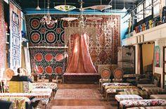 """Material Culture Philadelpahi wedding ceremony venue - <a href=""""http://ruffledblog.com/philadelphia-wedding-with-a-truly-unique-venue"""" rel=""""nofollow"""" target=""""_blank"""">ruffledblog.com/...</a>"""