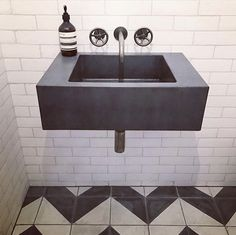 Alalpardo dreams at Bert and May. Authentic encaustic tiles, handmade in Spain Bathroom Goals, Bathroom Inspo, Bathroom Inspiration, Bathroom Ideas, Loft Bathroom, Washroom, Bert And May Tiles, Bathroom Trends 2017, Concrete Basin