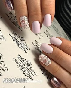 False nails have the advantage of offering a manicure worthy of the most advanced backstage and to hold longer than a simple nail polish. The problem is how to remove them without damaging your nails. Trendy Nails, Cute Nails, My Nails, Spring Nails, Summer Nails, Fall Nails, Nagellack Trends, Wedding Nails Design, Nail Wedding