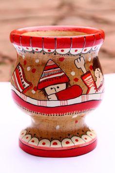 Painted Pots, Hand Painted, Paper Mache Bowls, Yerba Mate, Cute Crafts, Diy Art, Decoupage, Mosaic, Mandala