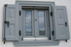 Tα ξύλινα παράθυρα της Dr.DOM κατασκευάζονται τηρώντας το σύνολο των προδιαγραφών της κορυφαίας τεχνολογίας. Μπορούν να κατασκευαστούν ΟΛΩΝ των τύπων κουφώματα όπως, ΑΝΟΙΓΟΜΕΝΑ, ΑΝΑΚΛΙΝΟΜΕΝΑ, ΣΥΡΟΜΕΝΑ, ΧΩΝΕΥΤΑ, ΕΠΑΛΛΗΛΑ & ΒΑΡΕΩΣ ΤΥΠΟΥ, ΠΕΡΙΣΤΡΕΦΟΜΕΝΑ, ΚΑΜΑΡΕΣ, ΚΥΚΛΙΚΑ, ΚΑΜΠΥΛΑ, ΤΡΙΓΩΝΑ, ΠΑΡΑΓΩΝΑ κ.α. Είναι εξοπλισμένα με περιμετρικούς μηχανισμούς καθώς και ευρωπαϊκές υαλώσεις ικανοποιώντας κάθε αρχιτεκτονική απαίτηση.