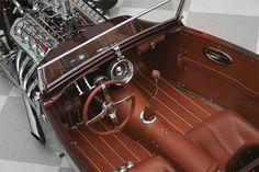 Pinkee'29 Ford Roadster Pickup… – Gatsby Online – Le site-web satirique le plus sulfureux, déjanté et caustique