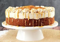 Caramel Apple Blondie Cheesecake | Life Love and Sugar - an apple spice blondie topped with no bake caramel cheesecake, with cinnamon apples and caramel sauce