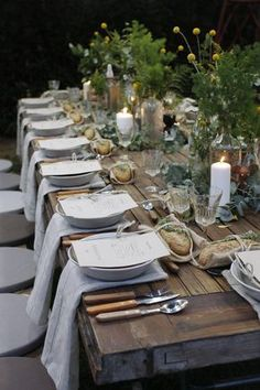 If you've seen Francis Mallman's episode of Chef's Table on Netflix, then you know how absolutely enchanting al fresco dining can be. Nothing says summer like throwing an outdoor dinner party. Even the most rustic cooking techniques can extra chic when di Beautiful Table Settings, Al Fresco Dining, Deco Table, Decoration Table, Italian Table Decorations, Outdoor Entertaining, Place Settings, Outdoor Dining, Rustic Outdoor