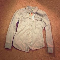 Levi's denim shirt light wash, great to throw on over any casual outfit. 10% off all bundles(: Levi's Tops