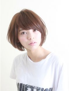 Cute short bob hairstyle that I want to get :3 (Note: picture's website is in Japanese)