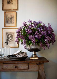 .lilacs & silver./ decoration