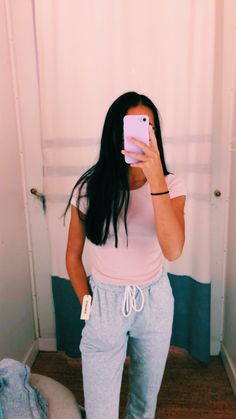 p i n t e r e s t : ✰ casey elizabeth ✰ Cute Lazy Outfits, Casual School Outfits, Teen Fashion Outfits, Outfits For Teens, Cool Outfits, Summer Outfits, Stylish Outfits, Sporty Fashion, Mod Fashion