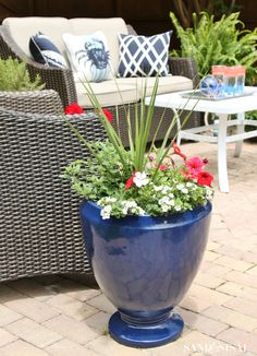 Make a Red, White, and Blue Planters for Memorial Day and The 4th of July. + Patriotic Patio Ideas