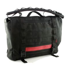 reHOSE  messenger bag with PALS webbing, magnetic buckle Fidlock and detail from used fire hose