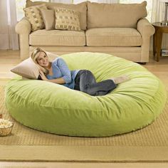 Omg this looks so comfy!! I want this lol