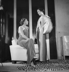 History of Fashion - 30s Fashion, Diva Fashion, Fashion History, World Of Fashion, Vintage Fashion, Jeanne Lanvin, 1930s Costumes, Miss Marple, Photography