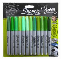 The original and iconic marker. The Sharpie Fine Permanent Marker contains quick-drying water-resistant ink that permanently marks most surfaces including glass, metal, photos, foil and most plastics. Sharpie Pack, Sharpie Crafts, Marker Pen, Permanent Marker, Sharpies, School Supplies, Art Supplies, Office Supplies, Sharpie Colors