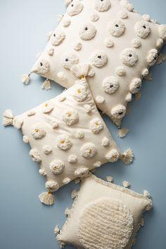 Swell Seasonal: Summer Home Decor Edit White pom pom and tassel throw pillows (Visited 4 times, 1 visits today) Diy Pillows, Floor Pillows, Decorative Pillows, Cushions, Throw Pillows, Fur Pillow, Punch Needle, Punch Art, Fiber Art