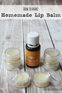 Homemade Lip Balm Recipe Made with Beeswax and Shea This homemade lip balm recipe is a great natural alternative to anything you can buy in the store! Made with coconut oil, shea butter and beeswax, it's so easy! Homemade Lip Balm, Diy Lip Balm, Homemade Soaps, Homemade Butter, Belleza Diy, Lip Balm Recipes, Soap Recipes, Lip Scrubs, Salt Scrubs
